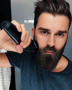Beard Trimming Tutorial 💯🔝👊🔥 Beard beard and mustache trimmer Beard Styles For Men, Hair And Beard Styles, Cabelo David Beckham, Beard Tips, Beard Ideas, Beard Haircut, Beard Grooming, Beard Styles