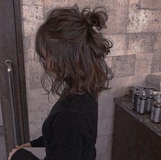 Kid hairstyles 794955771712583342 - – short wavy hair – Source by Hair Inspo, Hair Inspiration, Hair Streaks, Aesthetic Hair, Girl Hairstyles, Short Wavy Hairstyles, Braided Hairstyles, Wedding Hairstyles, Casual Hairstyles