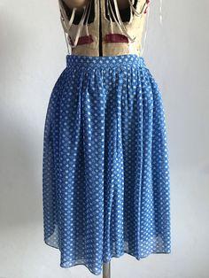 Sono entusiasta di condividere questo articolo del mio negozio #etsy: liv tyler Liv Tyler, Waist Skirt, High Waisted Skirt, I Shop, Etsy, Skirts, Shopping, Vintage, Fashion