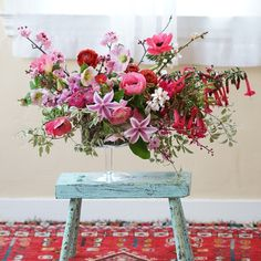 I think Persian carpets and flowers go well together - don't you?! #tulipina