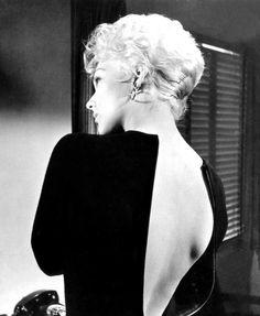 Kim Novak, 1962