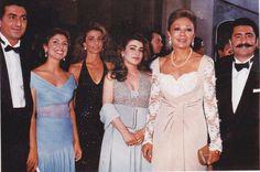 Royal Family Pahlavi Qajar Dynasty, Pahlavi Dynasty, Persian Princess, The Shah Of Iran, Farah Diba, Persian Pattern, Pakistani Outfits, Royal Fashion, King Queen