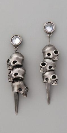 Noir Jewelry - 3 Skull Pirate Earrings