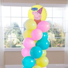 Learn the secret to creating a spiral balloon column without a stand or frame! Balloon Column Kit, Balloon Tower, Balloon Backdrop, Balloon Columns, Balloon Decorations, Birthday Supplies, Party Supplies, Peppa Pig Balloons, Balloon Clusters