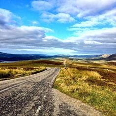 Participating in a #omgb Twitter chat today made me really miss the Scottish highlands so much! I guess you can see why! @visitbritain @visitinvernesslochness @visitscotland #travel #stsinverness #lovegreatbritainno Inverness, Scottish Highlands, Scotland, Country Roads, Twitter, Instagram Posts, Travel, Viajes, Highlands
