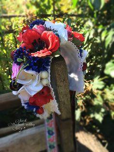 jarcik / Folková svadobná parta 4th Of July Wreath, Wreaths, Folk, Wedding, Home Decor, Valentines Day Weddings, Popular, Forks, Deco Mesh Wreaths
