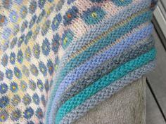 åbent værksted: Forglemmigej og uforglemmelige uger med Asger  Ruth Sørensen forget-me-not shawl!