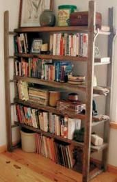 Using an old wooden ladder and some recycled planks, you can quickly build a unique bookshelf.