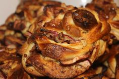 Eple og Kanel Fletter - Apple and Cinnamon Weave Food To Make, Cinnamon, French Toast, Pork, Apple, Baking, Buns, Breakfast, Weave
