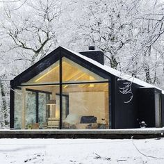 Dream winter cabin via @modernica