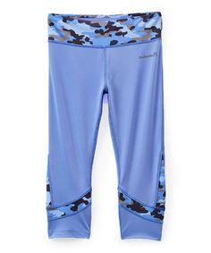 Hydrangea Camo Accent Capri Pants