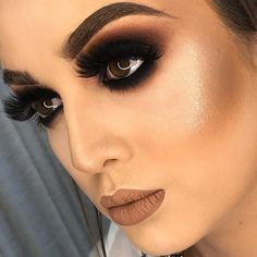 black women's makeup in the Glam Makeup Look, Sexy Makeup, Dark Makeup, Love Makeup, Makeup Inspo, Beauty Makeup, Dark Angel Makeup, Makeup Is Life, Makeup Goals