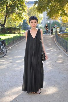 Nothing more simple or stunning that a long black dress.