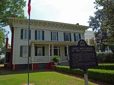 President Jefferson Davis, along with his family, lived in this house while the capital of the Confederate States of America was in Montgomery, Alabama. The address of this popular tourist attraction is: 644 Washington Ave, Montgomery, AL 36130.