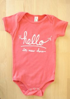 Hello I'm New Here - Funny text baby onesie (6-12 mo - coral)