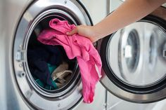 Have a stinky washing machine? Learn how to clean it with these helpful tips and tricks for both front loaders and top loaders. Cleaning Solutions, Cleaning Hacks, Cleaning Products, Laundry Solutions, Diy Products, Natural Products, Diy Hacks, Stinky Washing Machine, Washing Machines