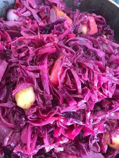 Alma cíderben párolt lila káposzta Cabbage, Vegetarian, Chicken, Vegetables, Veggies, Cabbages, Vegetable Recipes, Buffalo Chicken, Cubs