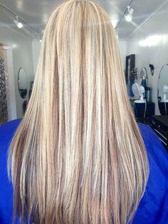 Bleach Blonde Hair with Lowlights Ideas
