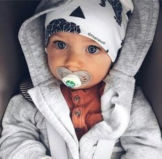 Baby, family, and boy image Fashion Kids, Baby Boy Fashion, Fashion Art, Baby Outfits, Kids Outfits, Cute Little Baby, Baby Kind, Baby Baby, Baby Boy Newborn