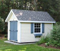 This English Garden shed features Vinyl Cedar Shakes for siding. It gives this 8' x 12' building a whole new look. Garden Storage Shed, Outdoor Storage Sheds, Storage Shed Plans, Diy Shed, Built In Storage, Backyard Storage, Small Storage, Tool Storage, Shed Design