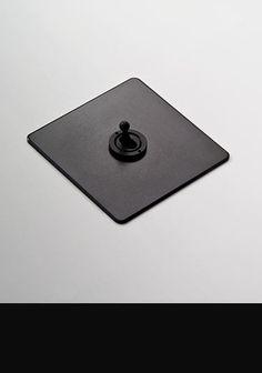 Black Toggle Light Switch (117C)