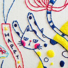 Trendy Sewing Design On Shirts Cute Embroidery, Cross Stitch Embroidery, Embroidery Patterns, Diy Broderie, Contemporary Embroidery, Fabric Crafts, Diy Crafts, Needlework, Sewing Projects