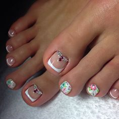 Pretty Pedicures, Pretty Toe Nails, Cute Toe Nails, Cute Nail Art, Cute Pedicure Designs, Feet Nails, Toenails, Luxury Nails, Manicure E Pedicure