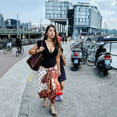 FOTOGRAFIE PETER VAN TUIJL/moments and faces on a beautiful day in amsterdam
