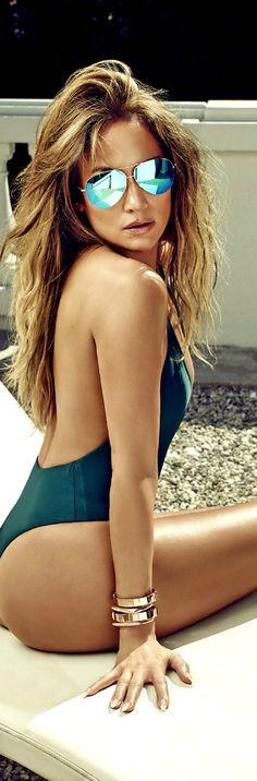 Jennifer Lopez's Us Weekly 2015