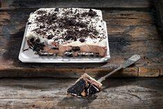 Γλυκό ψυγείου OREO Greek Recipes, Desert Recipes, Food Categories, Party Desserts, Cake Recipes, Deserts, Sweets, Dishes, Chocolate