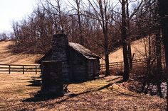 Daniel Boone built this cabin with his son Nathan - Kentucky