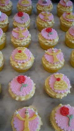Beauty and the Beast Cupcakes!
