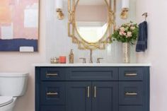 25 Trendy and Elegant Ways to Bring Color into the Neutral Bathroom Neutral Bathroom, Modern Bathroom, Small Bathroom, Bathroom Ideas, Bathroom Showers, Beautiful Bathrooms, Shower Ideas, Farmhouse Style Kitchen, Walk In Shower