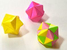 ユニット 折り紙     Origami Kusudama