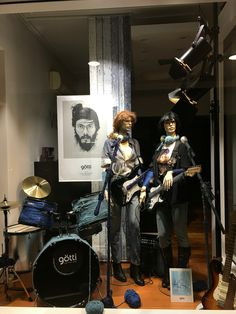 """VISION X, Parnell, Auckland, New Zealand, """"I wander who you are"""", for Gotti Eyewear, Switzerland, created by Ton van der Veer"""