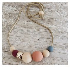 Hand painted wooded necklace/woodennecklace/handpainted/rosegold/suede/woodenbeads/modernnecklace/