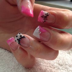 Photo by jencurtiss1/ super cute nail idea