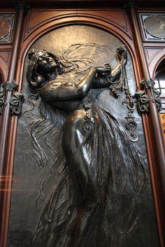Paris, Georges Fouquet Jewelry Store, Alphonse Mucha c1901