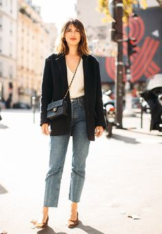 We already know what he keeps in his autumn wardrobe Jeanne Damas Jeanne Damas, Moda Ulzzang, Easy Style, Parisienne Style, Parisian Chic Style, Mode Ootd, Chanel Vintage, Haute Couture Paris, French Girl Style