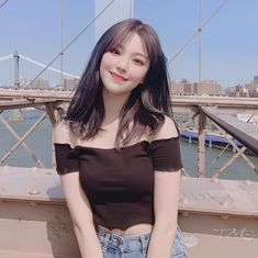 "JIHEON FROMIS_9 백지헌 on Instagram: ""jiheon in NY"" South Korean Girls, Korean Girl Groups, Asian Woman, Asian Girl, Cute Girls, Cool Girl, Cute Korean, Ulzzang Girl, Girl Crushes"