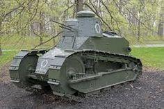 primera guerra mundial - Nueva tecnologia bélica - artilleria pesada - Tanque-torreta de guerra