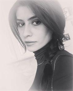 "fatima_jangurazova: ""#nature#природа#girl#девушка#women#кавказ#kavkaz#россия#russia#кавказскиегоры#северныйкавказ#красиво#красота#beautiful#nofilter#чернобелое#blackandwhitechallenge#blackandwhitephoto#blackandwhite#портрет#portrait"""