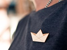 broche en bois by #nicedesign sur #Dawanda