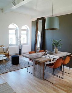 table and chairs are to die for.  and so is that pendant light.
