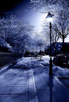 ღೋ Belle lune du ciel ღೋ  Liverpool - Merseyside