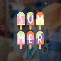 Risultati immagini per best window shopping display Store Window Displays, Summer Window Displays, Display Window, Shop Displays, Autumn Window Display Retail, Retail Displays, Window Clings, Window Art, Window Ideas