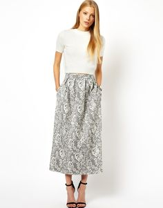 Maxi Skirt in Lace