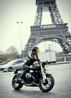 — Caferacer  Paris