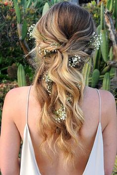 Cute And Easy Wedding Hairstyles ❤ See more: http://www.weddingforward.com/easy-wedding-hairstyles/ #weddingforward #bride #bridal #wedding