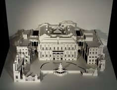 Paper-architecture translation of the Palace in which the office of Anida (Madrid) is located. Cut/folded out of one pieceby artist Ingrid Siliakus